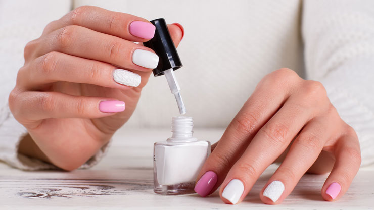 6 tips voor een langhoudende do-it-yourself manicure